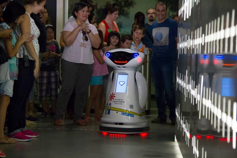 Presentation of robot VIVA